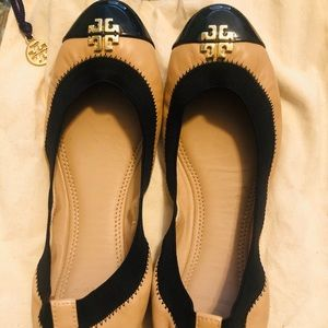 Tory Burch Beige/Gold/Black leather ballet flats